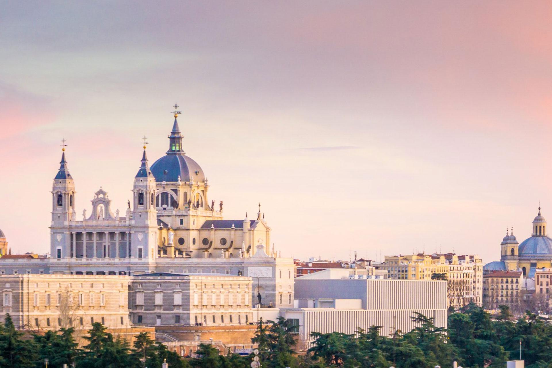 Explore on foot Madrid